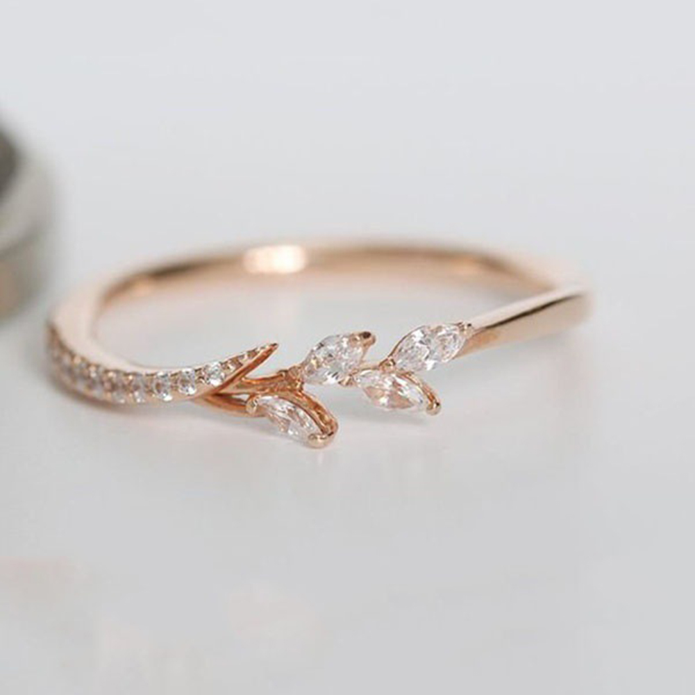 It is a photo of Big Discount #466d46 - Women Simple Crystal Rose Gold Engagement
