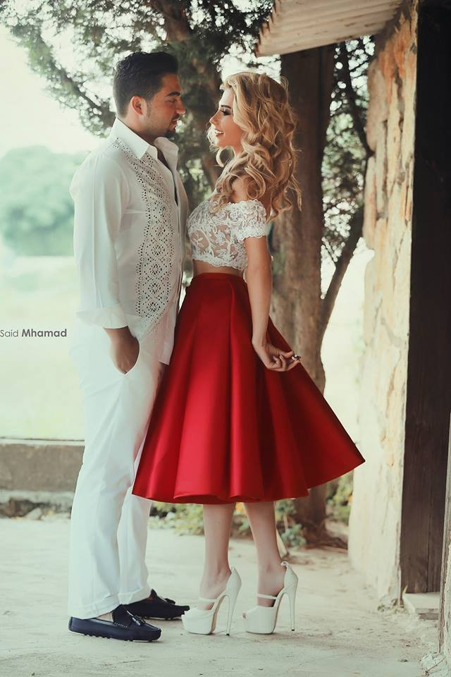 Sexy Off-Shoulder Lace Bodice A Line Tea Length Red Satin Skirt Two Piece Short Prom 2018 Special Occasion Bridesmaid Dresses