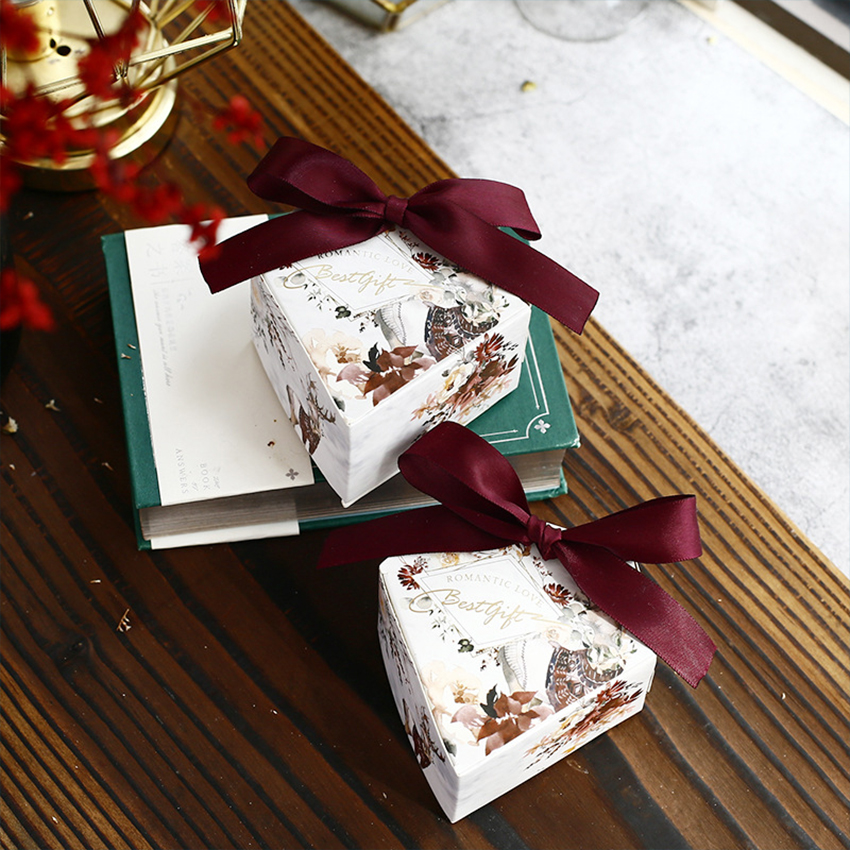 New Luxurious Diamond Shape Candy Box Baby Shower Gifts Boxes Birthday Party Decoration Wedding Favors