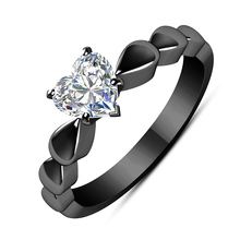 USTAR Classic Heart Cubic Zirconia Engagement Rings for women Shiny CZ Crystals Black Gun wedding Female Anel party gifts