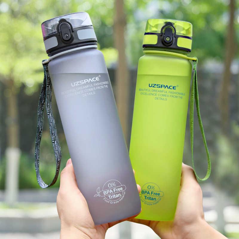 UZSPACE Heißer Verkauf Tragbare Sportflasche Auslaufsicher 4 Farbe Tritan Kunststoff Direkte Trinkwasserflasche Protein Shaker Schule Outdoor Fahrrad Camping Wandern Freies BPA Wasserkocher 350ml/500ml/650ml/1000ml