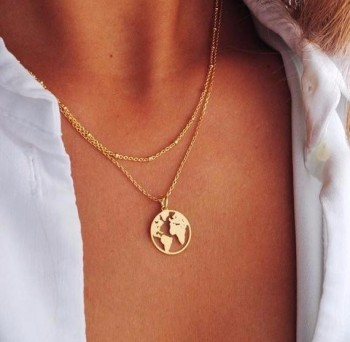World Map Necklace Globetrotter Gold Map Pendant World Choker Map Crescent Moon Necklaces&Pendants Dainty Pendants For Women 1