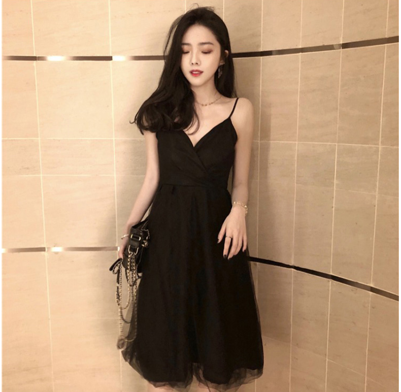 Black Short   Cocktail     Dresses   2020 Sexy V-neck Spaghetti Straps A-line Simple Tulle Prom Gowns For Graduation Party