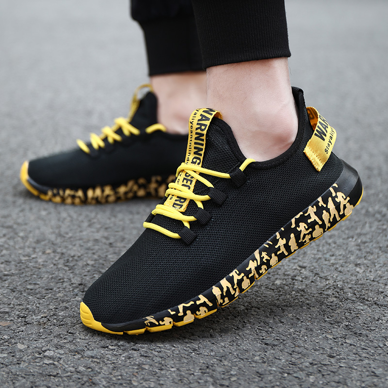 Fashion Sneakers Men Running Shoes Vulcanized Shoes Air Mesh Men Trainers Super Light Weight Walking Shoes Lace-up Men Sneakers