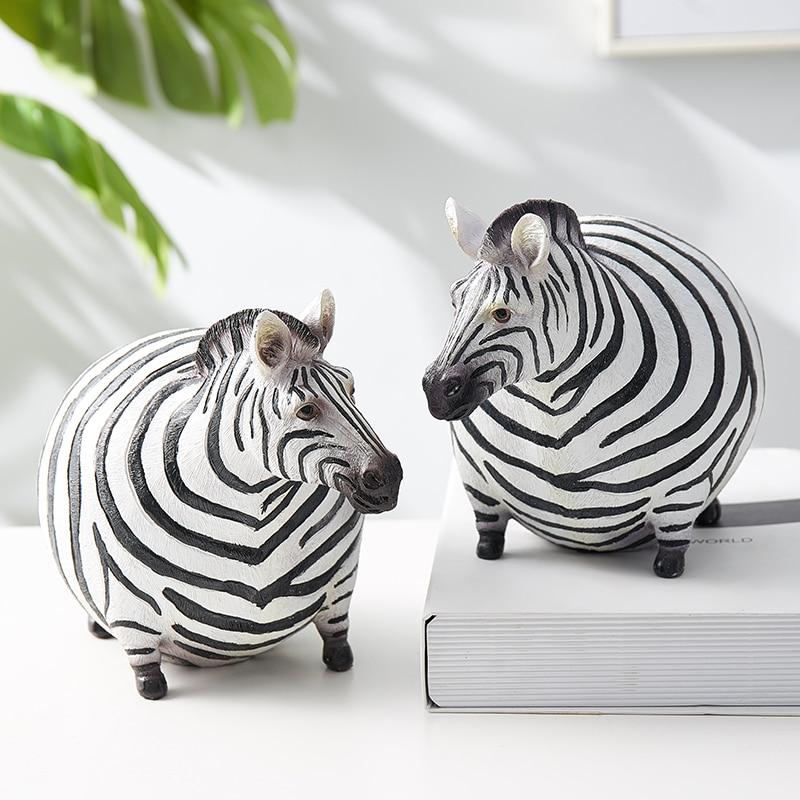 Animal Model Home Decoration Accessories Zebra Animal Statues Desk Decoration Resin Christmas Decorations Modern Home Decor