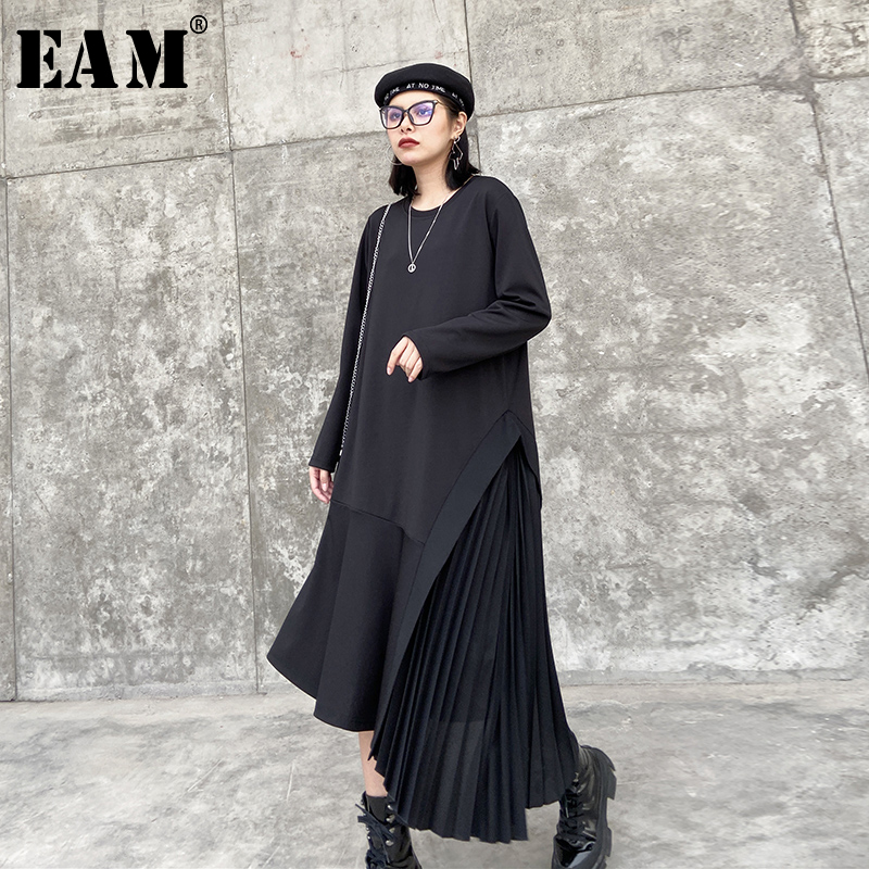 [EAM] Women Black Asymmetrical Pleated Big Size Dress New Round Neck Long Sleeve Loose Fit Fashion Tide Spring Autumn 2020 1T761