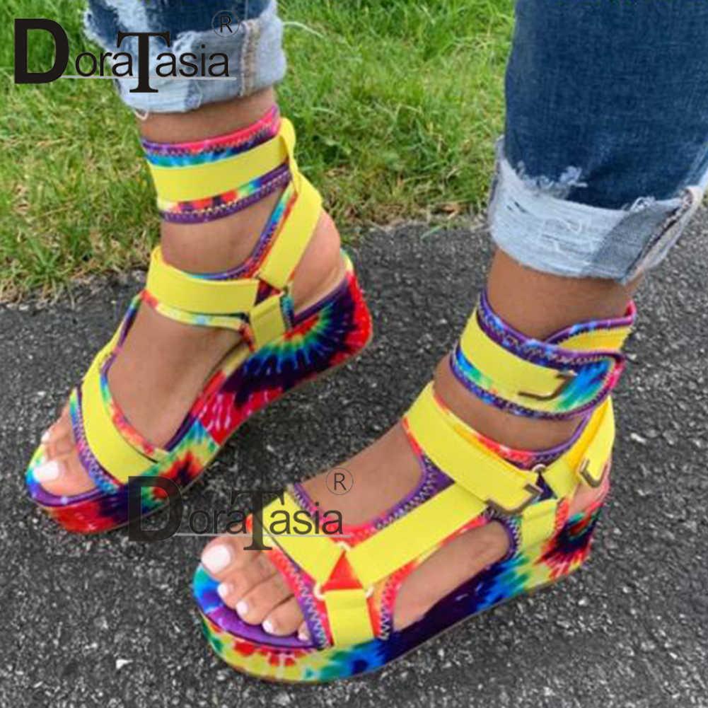DORATASIA Mới Nữ Võ Sĩ Giác Đấu Giày Sandal Nữ Phẳng Nền Nhiều Màu Sắc Giày Người Phụ Nữ Thường Bãi Biển Mùa Hè Giày Sandal Size Lớn 35-43