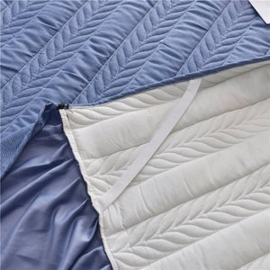 Image 3 - ヨーロッパの高級ベッドカバーと 2 個枕厚い綿スカートレースエッジツインクイーンキングサイズ寝具セット非スリップ