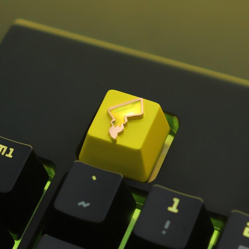Keycap 1 pcs Pokemon Pikachu  keycap mechanical keyboard keycaps for personalization, for mechanical keyboard R4 height