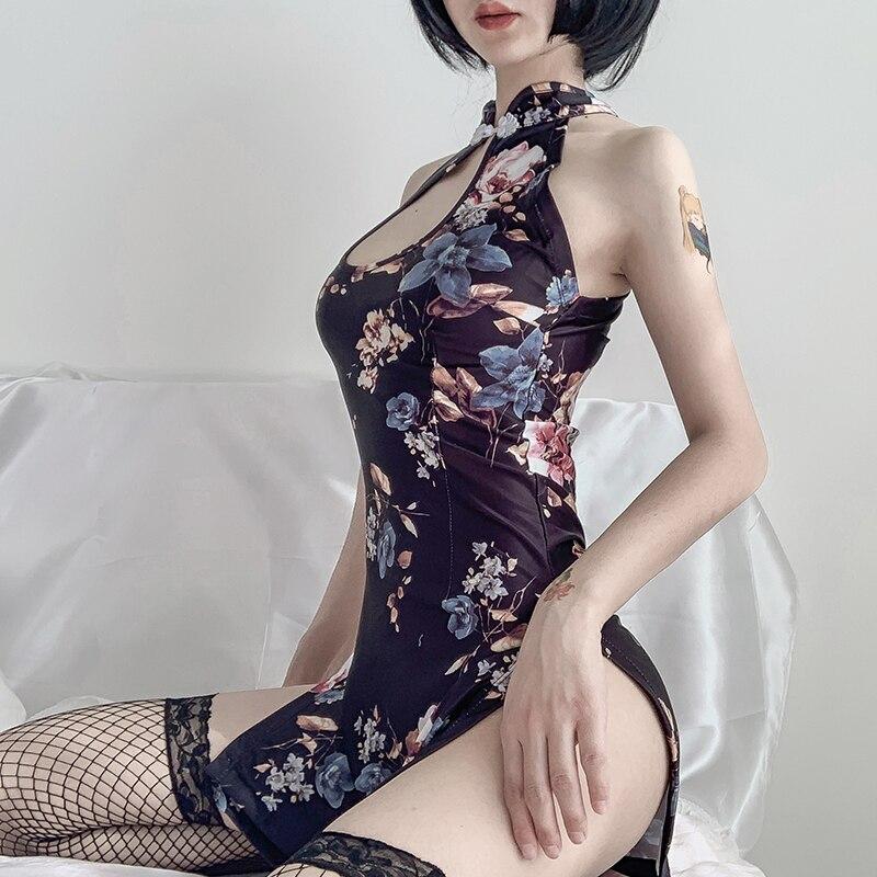 Flirting With Men:Embroidery Cheongsam Short Dresses Women Traditional Vietnam Ao Dai Uniforms Party Dresses Uniform