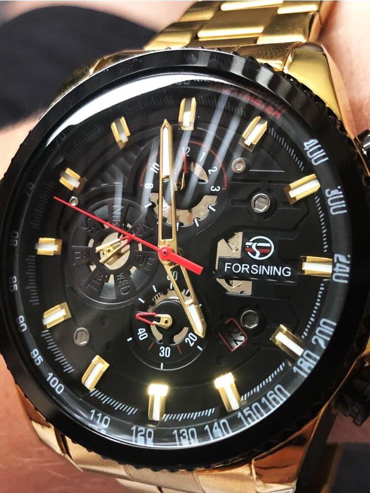 dos homens relógios de pulso automático mecânico