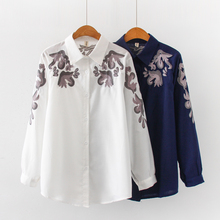 Fashion womens tops and blouses 2019 ladies white shirts for women button Embroidery Floral harajuk floral blusas 0242