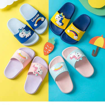 2019 New Cute Unicorn Slippers Boy Shoes Rainbow Girl Shoes Summer Toddler Kids Shoes Baby Slippers PVC Cartoon Kids Slippers