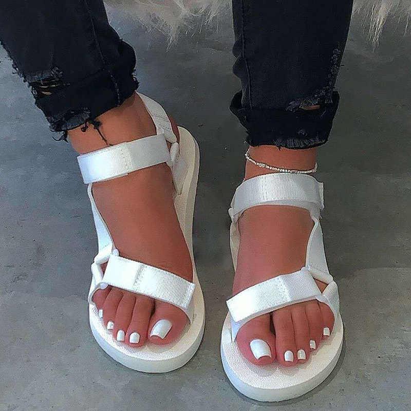 Kadın sandalet 2020 yaz ayakkabı bayanlar köpük Platform sandaletler kanca döngü plaj sandalet kadın düz büyük boy 35-43