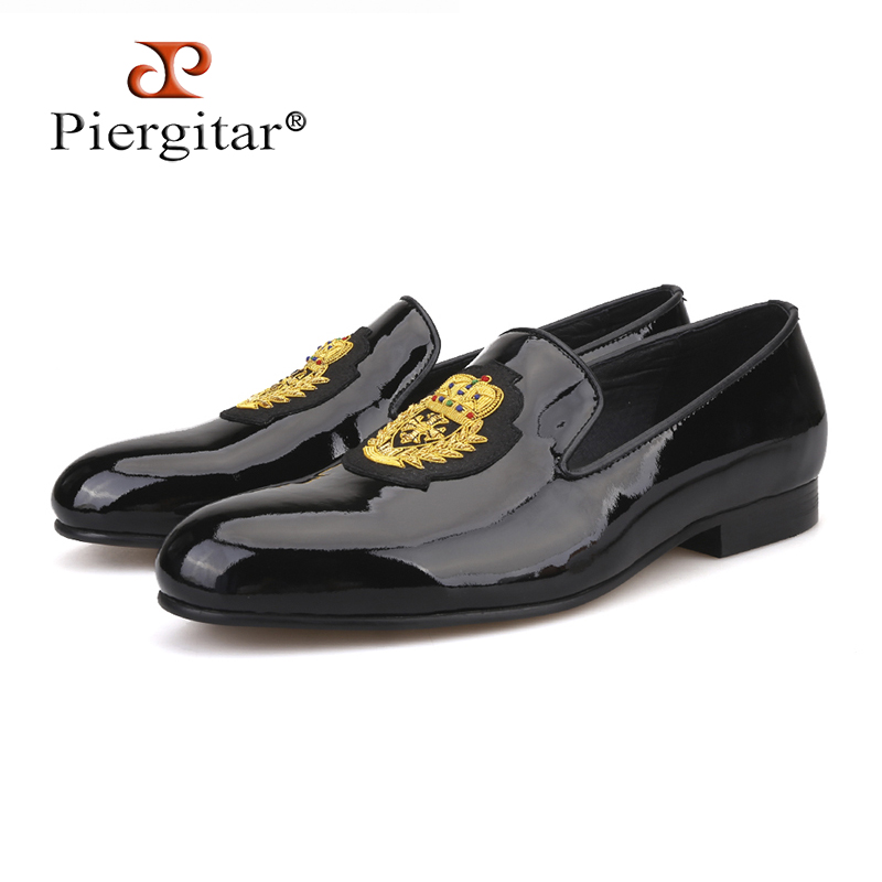 Piergitar 2019 New Black Patent Leather Men Loafers With Gold Luxurious Embroidery Fashion Party And Wedding Men's Dress Shoes