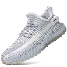 2019 Lace Up Lightweight Mesh Flyknit Men Shoes Casual Breathable Comfortable Walking Male Sneakers Footwear E0188