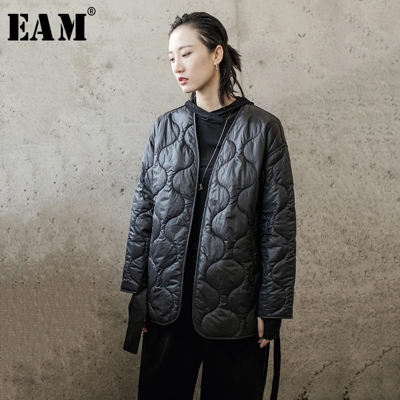 [EAM]  V-collar Bandage Big Size Cotton-padded Coat Long Sleeve Loose Fit Women Parkas Fashion New Spring Autumn 2020   1H314
