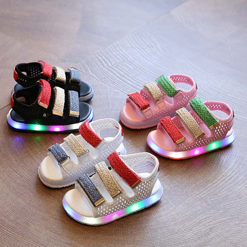 1 Pair Baby Sandals Summer Beach Kids Casual Shoes With LED Lights Sole New Design
