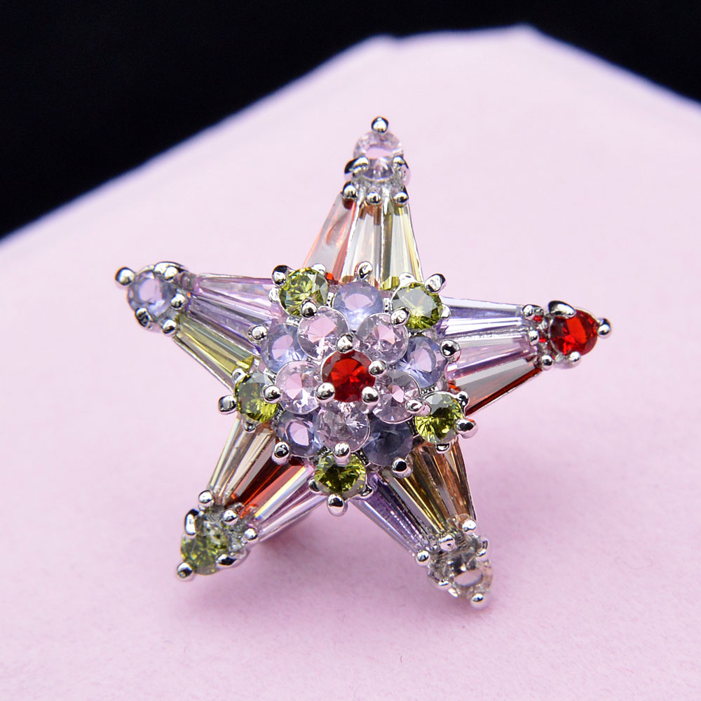 CINDY XIANG Multicolor Cubic Zirconia Star Brooches For Women Collar Pin Fashion Wedding Accessories High Quality Small Brooch