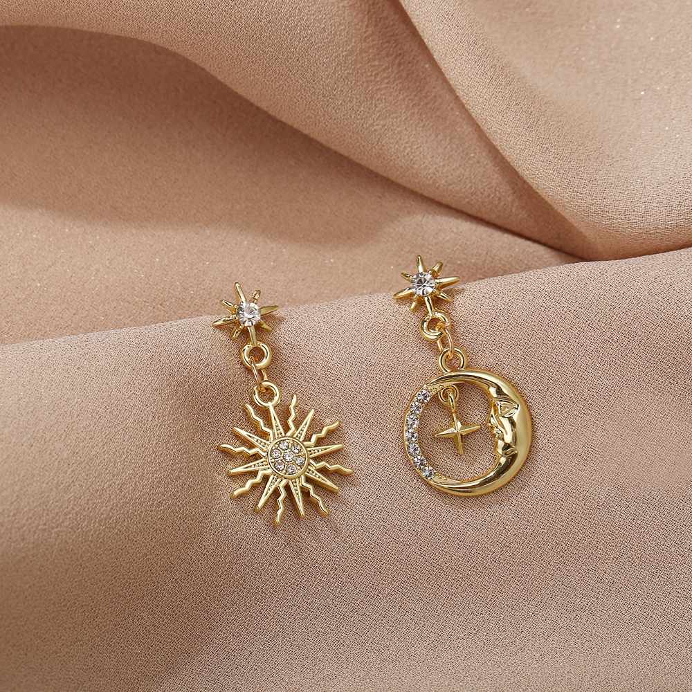 Vintage Sun Star Earrings For Women Girls Big Geometric Oversize Gold Earring 2020 New Hollow Brincos Female Fashion Jewely