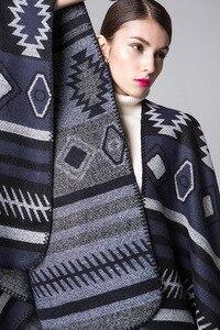 Image 4 - Pançolar Ruanas Para Mujer bayan şal kadın pelerinler taklit kaşmir pelerin kalınlaşma sıcak kış ceket bayanlar Pashmina panço