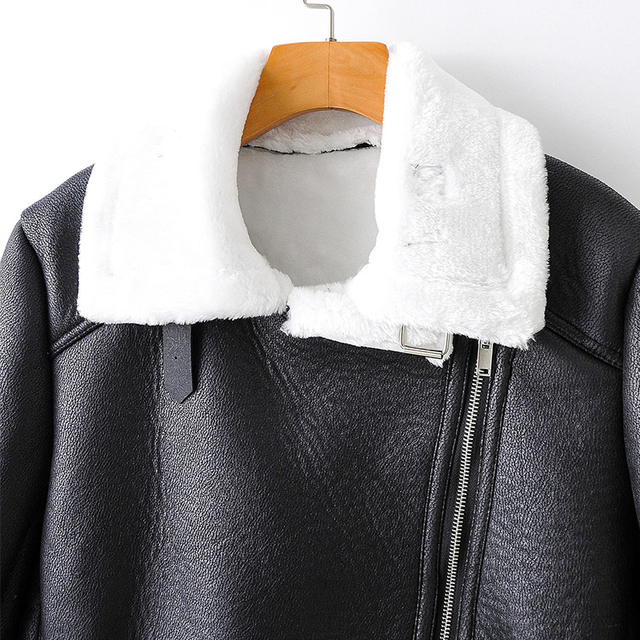 Фото куртка женская из искусственной кожи на молнии с карманами цена