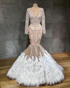 Image 2 - ערבית שמפניה בת ים שמלות כלה עם נוצות סקסי לראות דרך תחרת Appliqued קריסטל חרוזים בתוספת גודל שמלת כלה