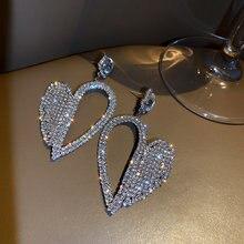 FYUAN-pendientes de gota de cristal con forma de corazón brillante para mujer, aretes colgantes geométricos huecos, diamantes de imitación, accesorios de joyería para bodas