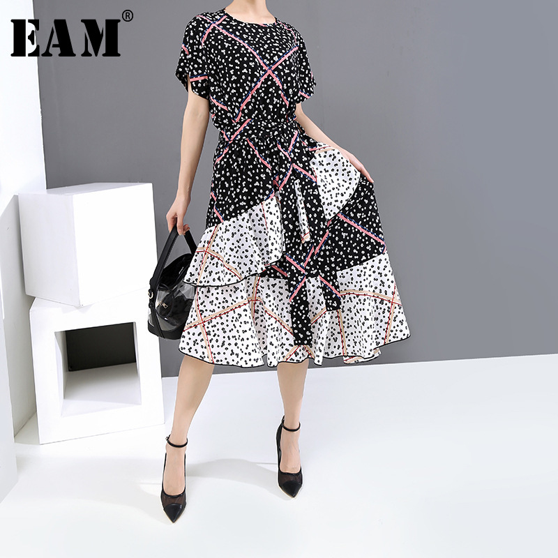 [EAM] Women Black Pattern Printed Asymmetrical Dress New Round Neck Short Sleeve Loose Fit Fashion Tide Spring Summer 2020 1U123