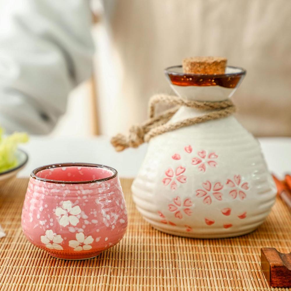 No//Brand Chinese Ceramic Liquor Glass Liquor Sake Cup Retro