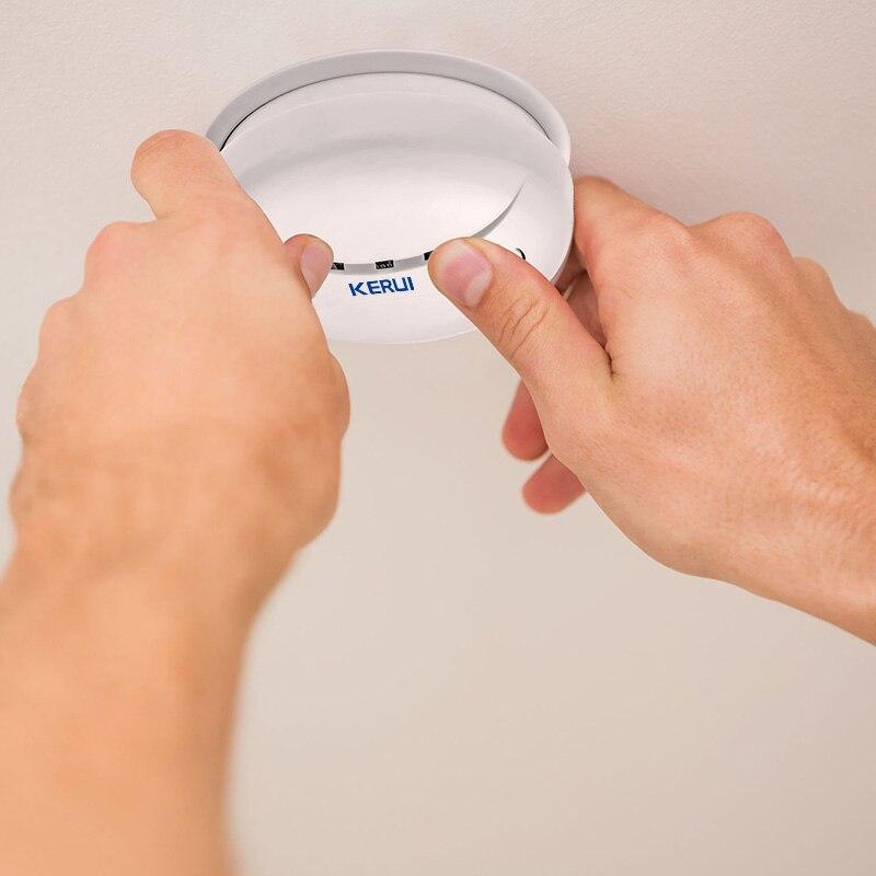 KERUI GS04 433MHz Detector de humo inalámbrico Sensor de fuego para G18 W18 GSM WiFi de seguridad para hogar sistema de alarma automático Dial sistemas de alarma