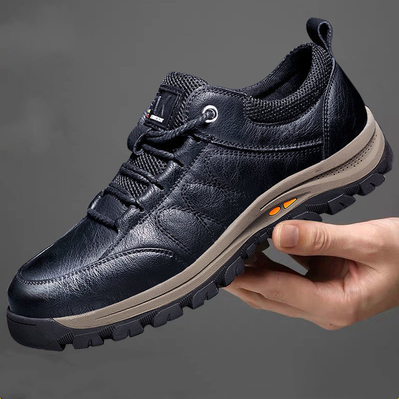 Men's Hiking Shoes Waterproof Sneakers Autumn Winter Fur Inside Outdoor Travel Climbing Genuine Leather Non-slip Sports Shoes