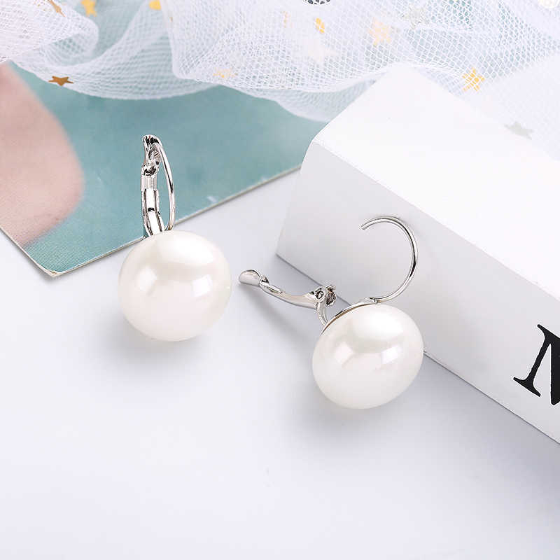 MAIKALE Simple Round Pearl Earrings Plated Gold Copper Drop Earrings For Women Red Colors And White To Send Friends Gift 2018