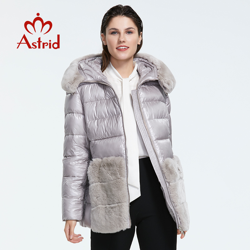 Astrid 2019 Winter New Arrival Down Jacket Women With A Fur Collar Outerwear High Quality Short Light Color Winter Coat FR-2022