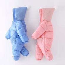 Unisex odzież na śnieg dla dzieci bawełniana ocieplana odzież zimowa ciepłe parki z kapturem długie pajacyki dla niemowląt kombinezony dla niemowląt noworodka odzież wierzchnia tanie tanio Moda Baby snow wear Octan COTTON Mikrofibra REGULAR Pasuje prawda na wymiar weź swój normalny rozmiar Suknem W dół i parki