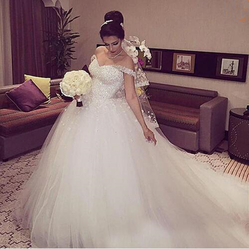 Arabic African Gorgeous Sparkly White Lace Ball Gown Plus Size Wedding Dresses Formal Beading Lace-up Back Church Puffy