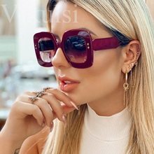 Vintage Red Square Sunglasses Women Brand Designer Retro Rivet Cat Eye Sun Glass