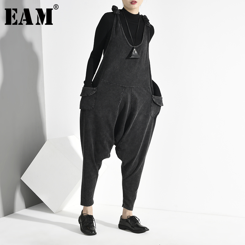 [EAM] High Waist Black Pleated Long Harem Trousers Overalls New Loose Fit Pants Women Fashion Tide Spring Autumn 2020 JO5150