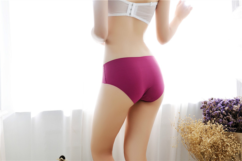 Women's Low Waist Sexy Seamless Breathable Panties 9