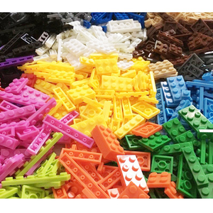 Image 3 - 1000pcs Building Rainbow Color Blocks Plate 8 Model Kits Playing Figures Pieces Compatible MOC Brick Toys for Kids Build Game