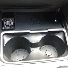 10W QI Wireless Charger ชาร์จแผ่นเกียร์ SHIFT PANEL ที่ใส่ถ้วยน้ำอุปกรณ์เสริมสำหรับ BMW F30 F31 F32 f33 F34 F35 F36