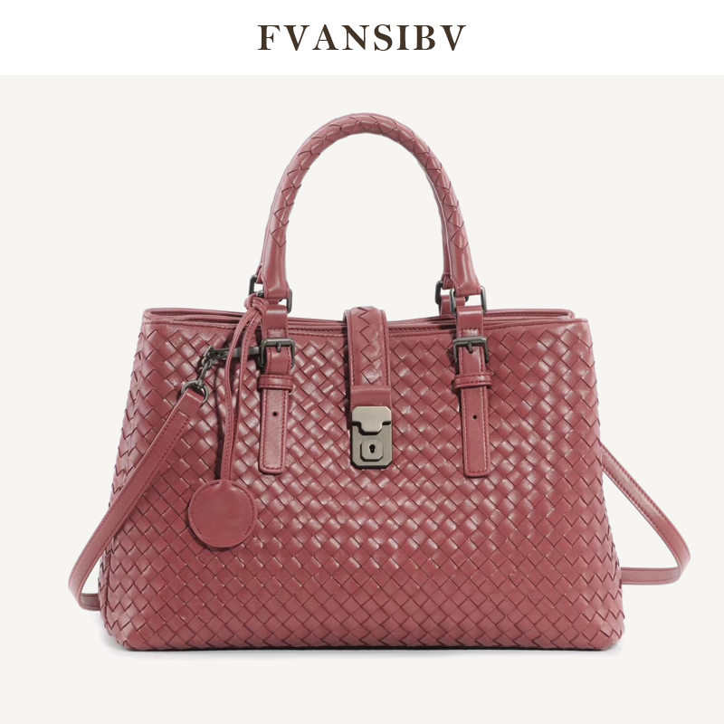 Luxury Brand Rome Bag Women's Shoulder Bag Woven Sheepskin Leather Hand Bag 2020 New Commute Business Hand Bag Super Nice Spot