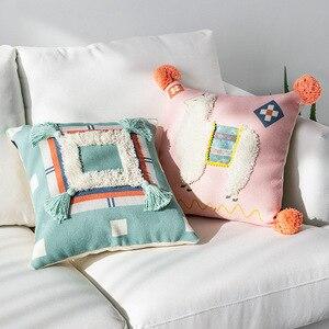 Image 3 - Cojines taies doreiller décoratives pour canapé marocain, noir et blanc, tuftés avec pompons, décoratifs pour canapé, noël taie doreiller