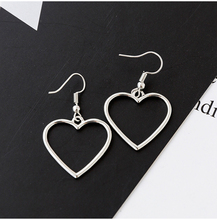 Harajuku Hollow Earrings Geometric Heart Shape Sweet Love Dangle Women Wholesale Earings Fashion Jewelry