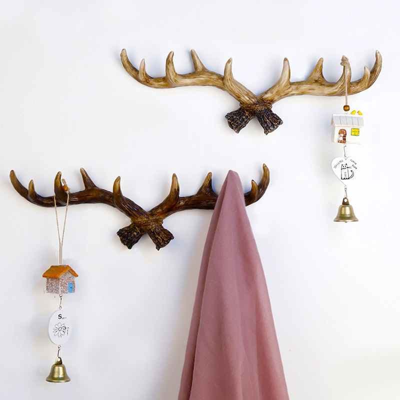 Vintage Resin Deer Horn Key Hook Wall Mounted Decorative Storage Rack Hanger For Clothes Hat Scarf