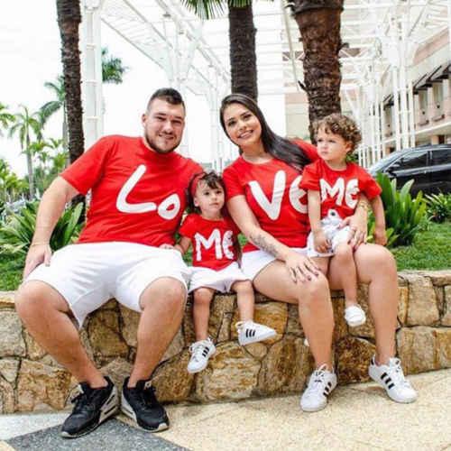 Pudcoco 2019 ครอบครัวใหม่ Matching Letter LOVE ME เสื้อยืดพ่อแม่เด็กทารกเสื้อผ้าชุดเด็กเสื้อผ้า