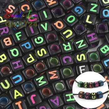 6mm cuentas en forma de cubo con letras mezcladas para hacer joyas color negro alfabeto acrílico espaciador suelto cuentas para manualidades de pulseras al por mayor