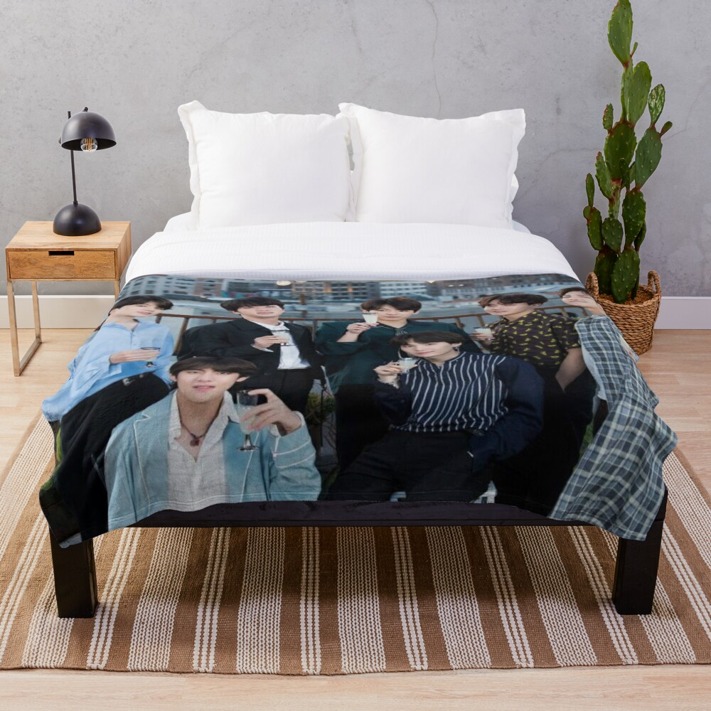 BTS Kpop Bangtan Throw Blanket Soft Sherpa Blanket Bed Sheet Single Knee Blanket Office Nap Blanket
