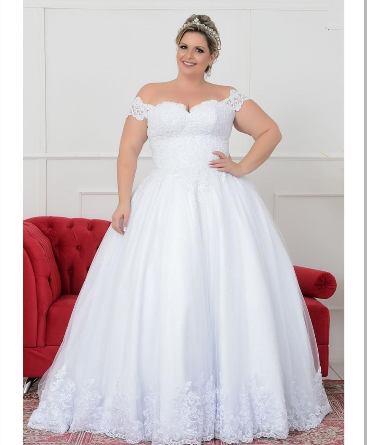 Robe De Mariee Scoop Plus Size Wedding Dress 26w  Short Sleeve Scoop  Large Size With Sleeve For Women  Lace Appliqued  Size 24