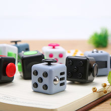 Brinquedos de dados ansiedade alívio do estresse atenção descompressão foco plástico multifuncional seis lados jogo brinquedo crianças presente adulto